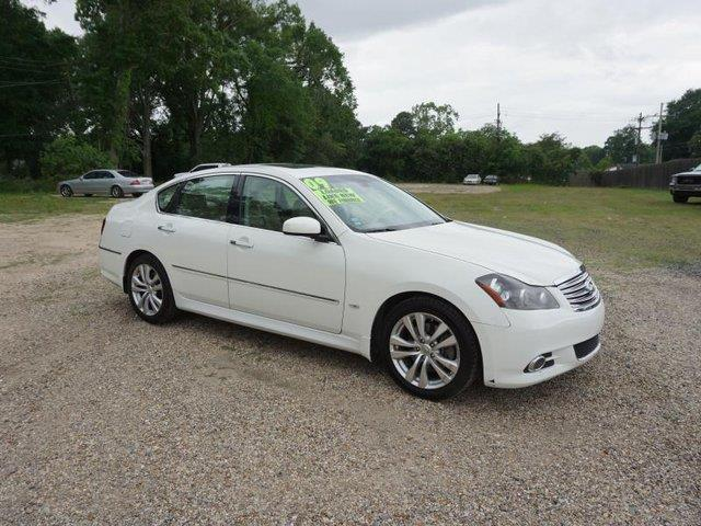 2009 INFINITI M35 BASE SEDAN LUXURY 4DR moonlight white pearl amfm stereobluetooth connectionb