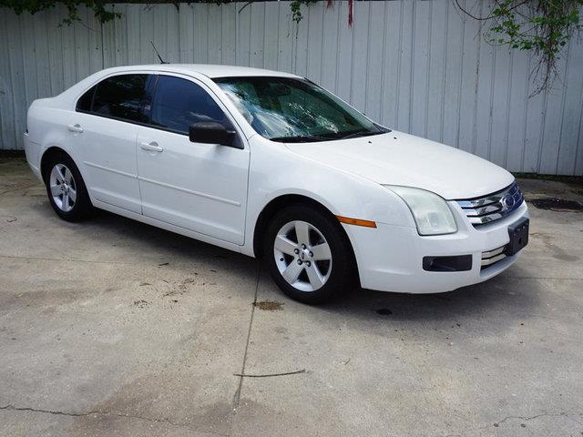 2009 FORD FUSION SE 4DR SEDAN white suede passenger air bag onoff switchalarmamfm stereocd c