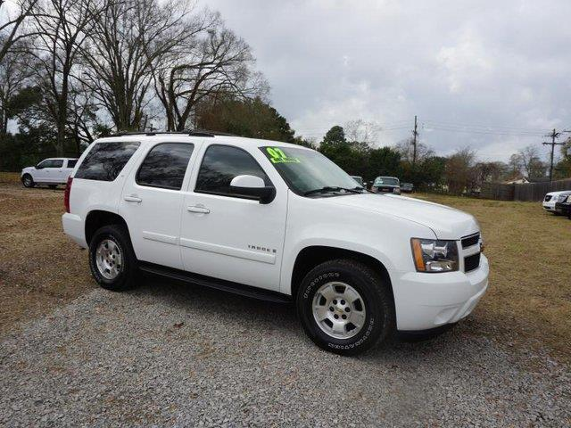 2007 CHEVROLET TAHOE LT 2WD summit white 3rd row seatentertainment systemauxiliary audio input