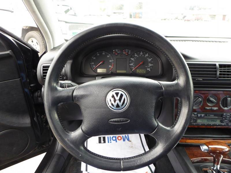 1998 Volkswagen Passat GLS V6 4dr Sedan - Anchorage AK