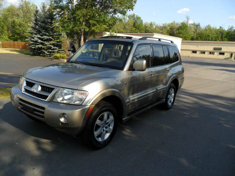 2005 Mitsubishi Montero Limited 4wd 4dr Suv In Clarence Ny Louies