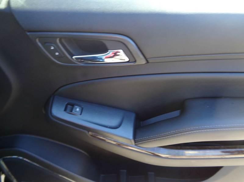 2015 Chevrolet Suburban 4x4 LT 1500 4dr SUV - Worcester MA
