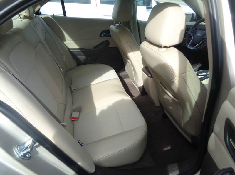 2015 Chevrolet Malibu LT 4dr Sedan w/1LT - Worcester MA