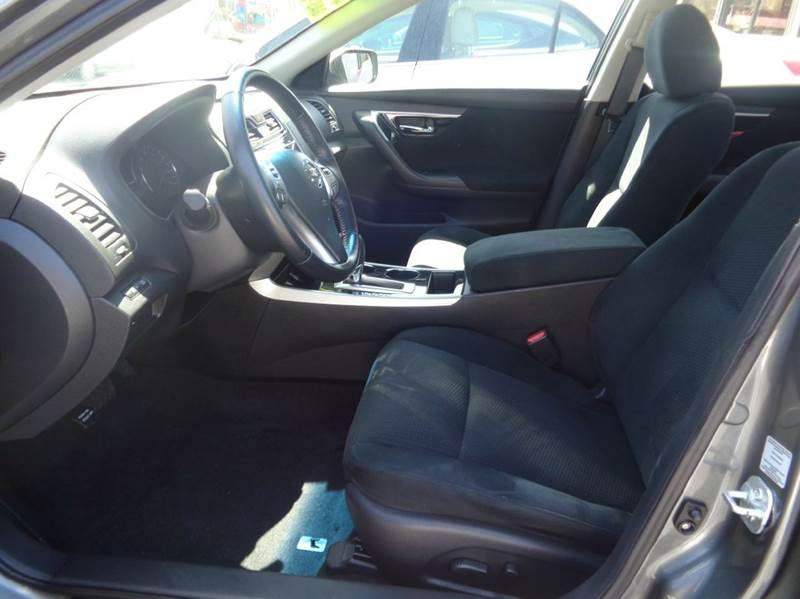 2014 Nissan Altima 2.5 SV 4dr Sedan - Worcester MA