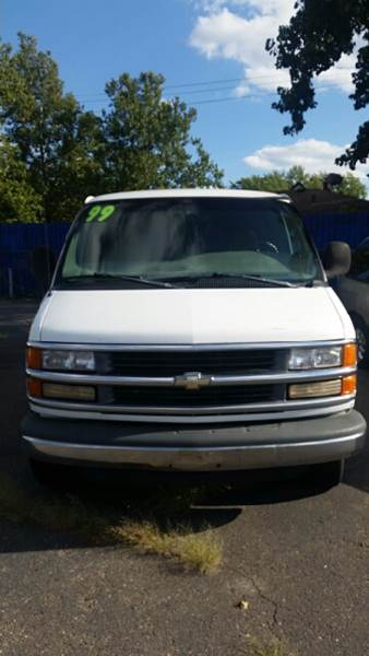 1999 Chevrolet Express for sale in Detroit MI