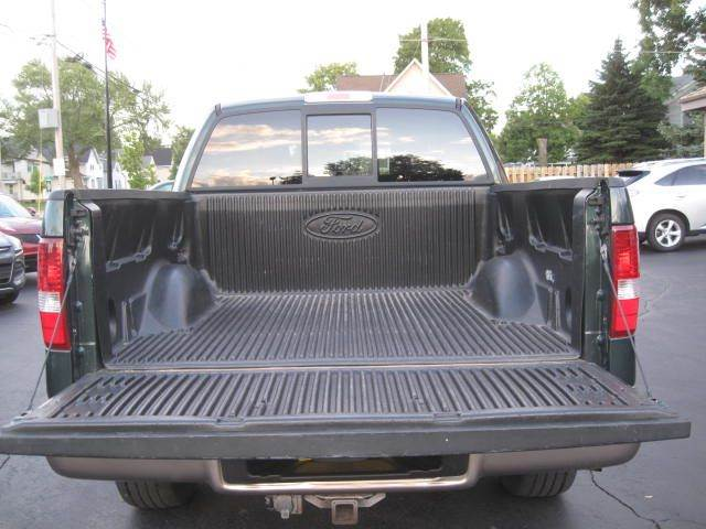 2005 Ford F-150 4dr SuperCrew Lariat 4WD Styleside 5.5 ft. SB - Green Bay WI