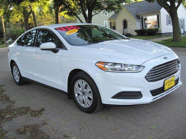 2014 Ford Fusion S 4dr Sedan - Green Bay WI