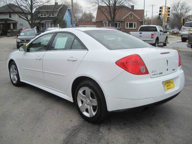 2010 Pontiac G6 4dr Sedan w/1SA - Green Bay WI