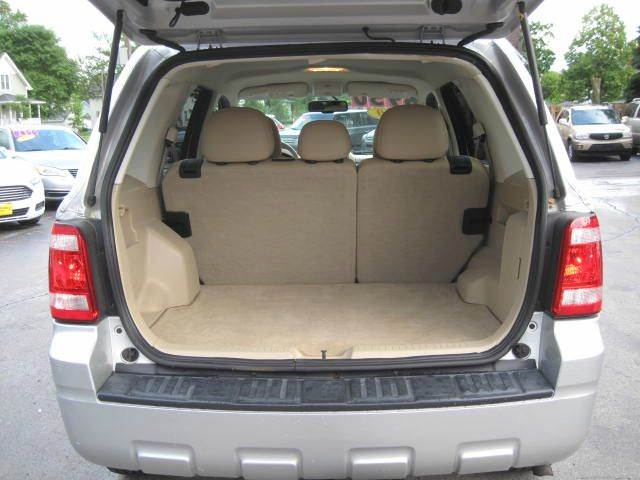 2010 Ford Escape AWD Limited 4dr SUV - Green Bay WI