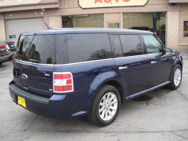 2011 Ford Flex AWD SEL 4dr Crossover - Green Bay WI