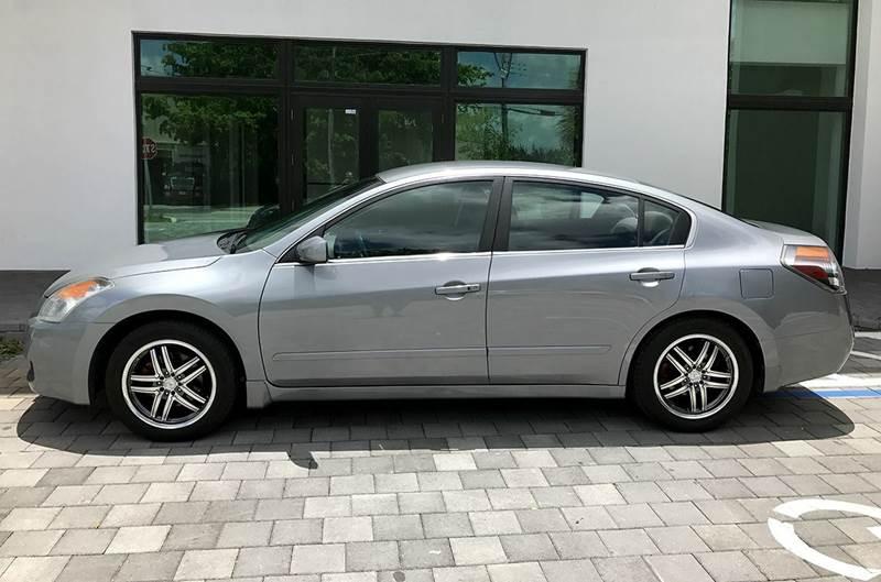 2009 Nissan Altima 2.5 4dr Sedan - Miami FL