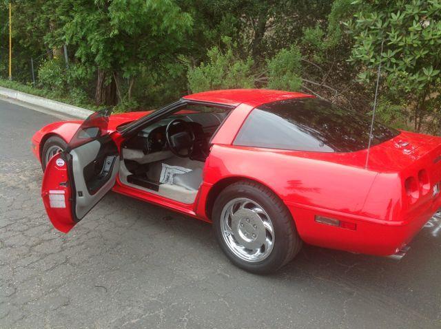 1994 Chevrolet Corvette Base 2dr Hatchback - Atascadero CA