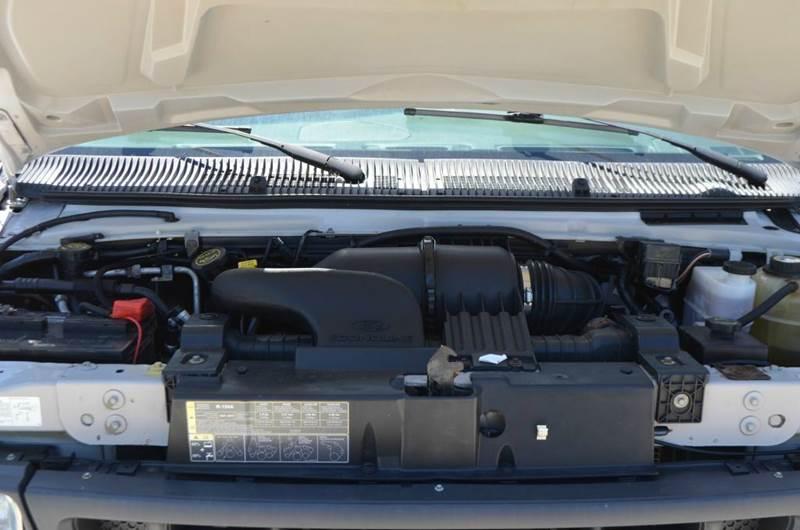 2007 Ford E350 16ft Box Truck  - Medley WV