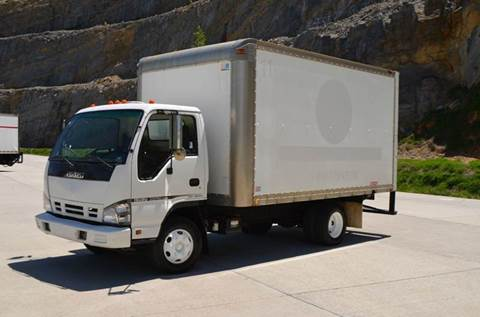 2006 Isuzu NPR 14ft Box Truck