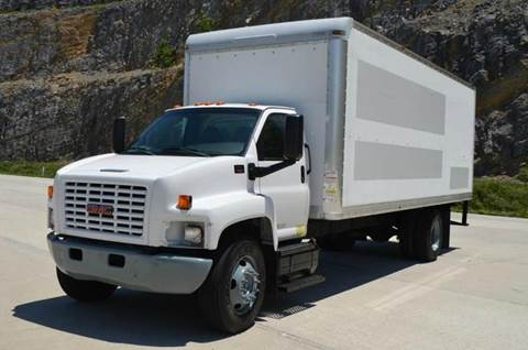 2007 GMC C7500 24ft Box Truck