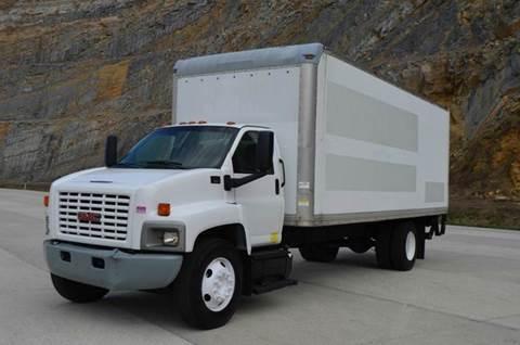 2007 GMC 7500 24ft Box Truck w/Liftgate