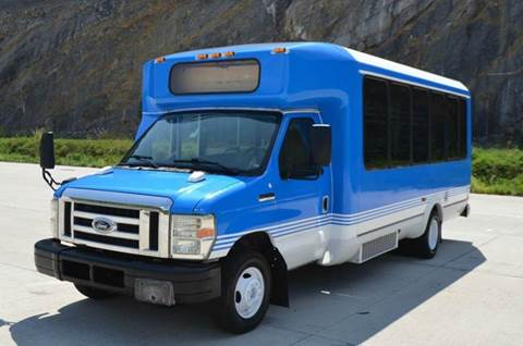 2008 Ford E450 14 Passenger Shuttle Bus