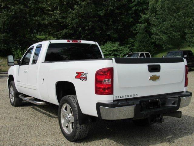 2013 Chevrolet Silverado 2500HD 4x4 LT 4dr Extended Cab LB - Hop Bottom PA