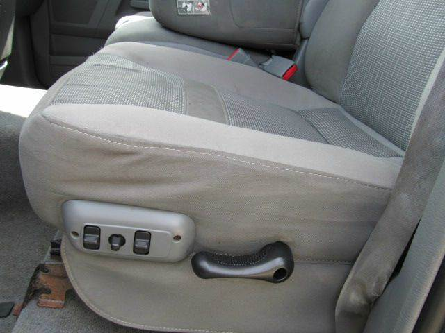 2006 Dodge Ram Pickup 2500 SLT 4dr Quad Cab 4WD LB - Hop Bottom PA