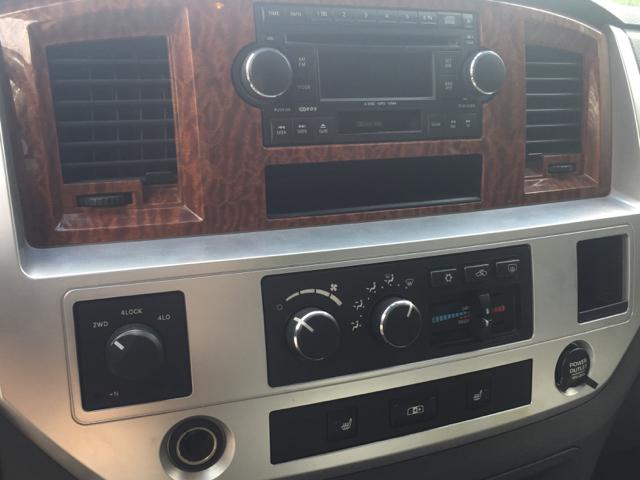 2006 Dodge Ram Pickup 3500 Laramie 4dr Quad Cab 4WD LB - Hop Bottom PA
