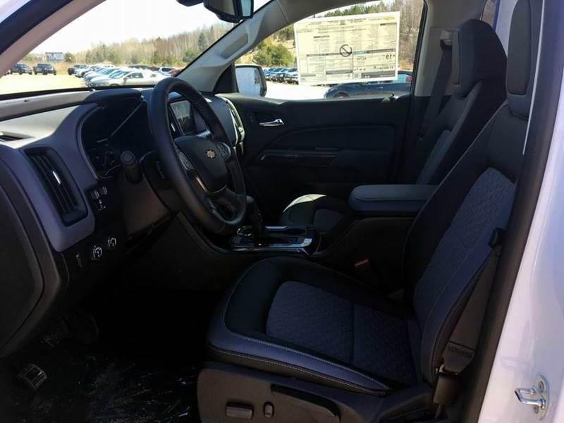 2017 Chevrolet Colorado 4x4 Z71 4dr Crew Cab 5 ft. SB - Iron River MI