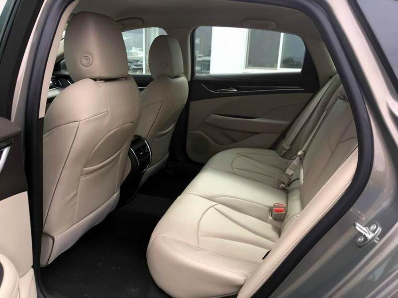 2017 Buick LaCrosse Preferred 4dr Sedan - Iron River MI