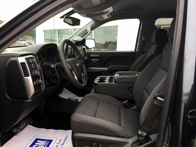 2017 Chevrolet Silverado 1500 4x4 LT 4dr Crew Cab 5.8 ft. SB - Iron River MI