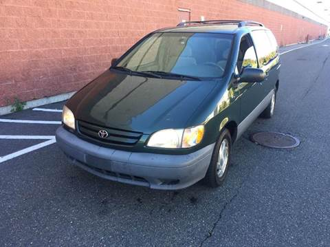 2002 Toyota Sienna for sale in Saugus, MA