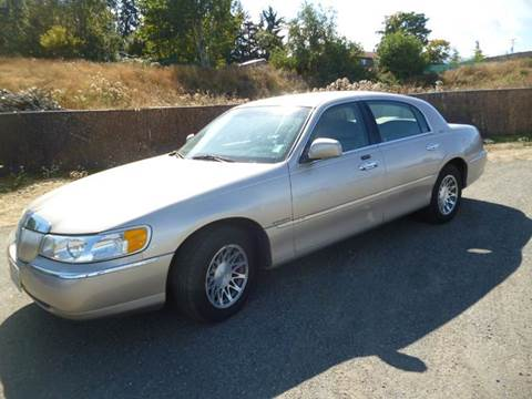 2002 Lincoln Town Car for sale in Port Angeles, WA