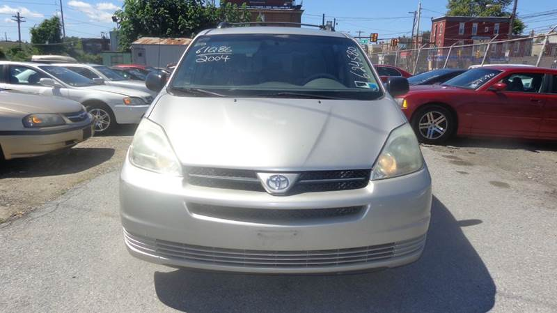 2004 Toyota Sienna  - Philadelphia PA
