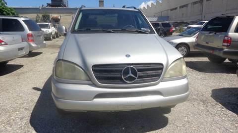 2000 Mercedes-Benz 300-Class