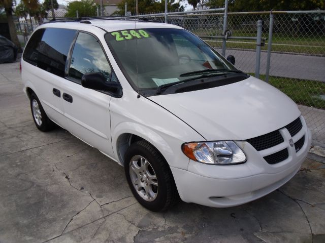 used 2003 dodge caravan se 4dr minivan in tampa fl at nationwide auto group. Black Bedroom Furniture Sets. Home Design Ideas