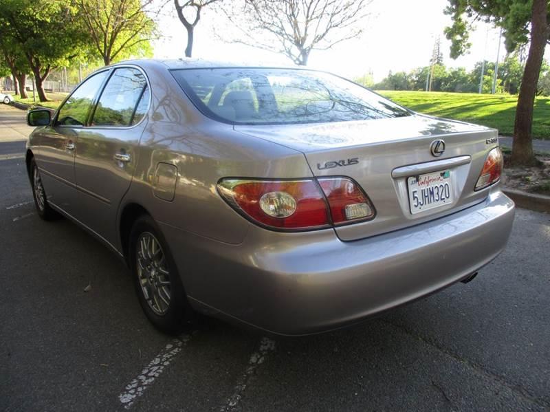 2004 Lexus ES 330 Base 4dr Sedan - Roseville CA