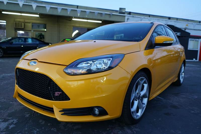2013 Ford Focus ST 4dr Hatchback - Roseville CA