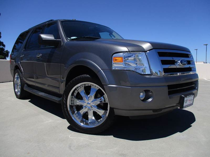 2011 Ford Expedition XLT 4x2 4dr SUV - Roseville CA