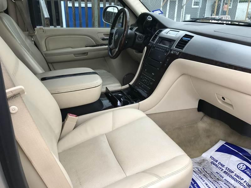 2008 Cadillac Escalade 4dr SUV - San Antonio TX