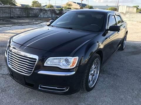 2012 Chrysler 300 for sale in San Antonio, TX