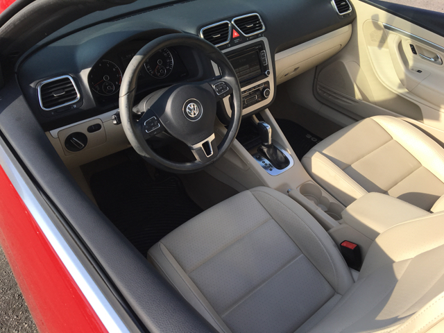2012 Volkswagen Eos Komfort SULEV 2dr Convertible - Myrtle Beach SC