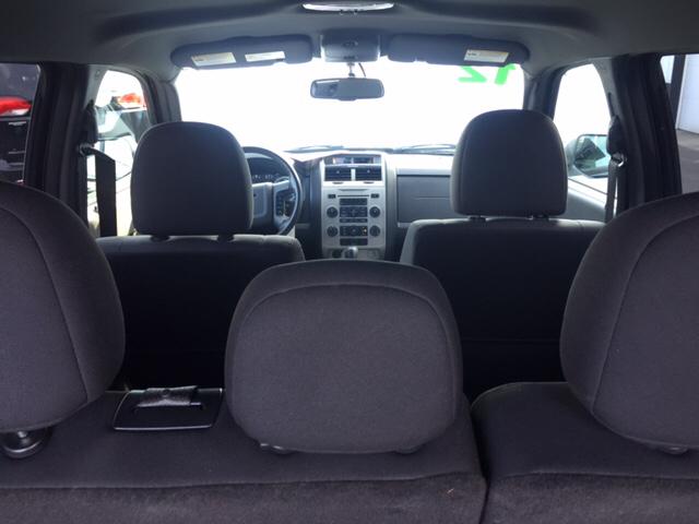 2012 Ford Escape XLT AWD 4dr SUV - Holyoke MA