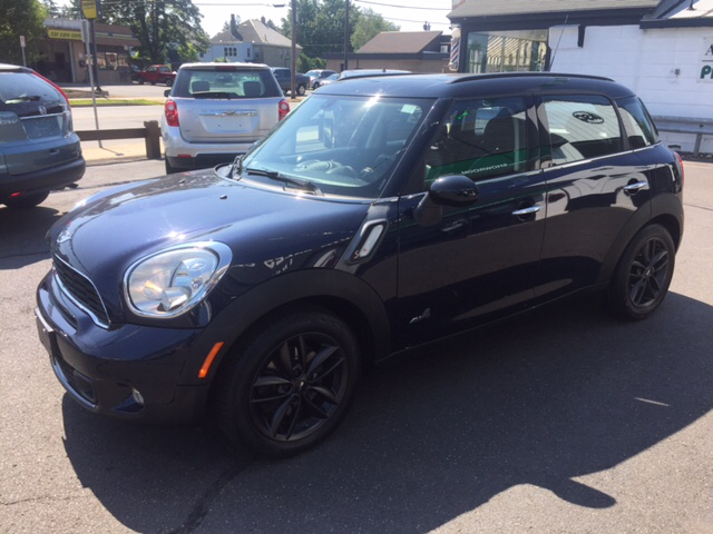 2011 MINI Cooper Countryman AWD S ALL4 4dr Crossover - Holyoke MA