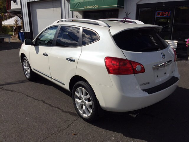 2013 Nissan Rogue SV w/SL Package AWD 4dr Crossover - Holyoke MA