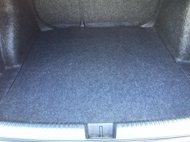 2011 Volkswagen Jetta Base 4dr Sedan 6A - Holyoke MA