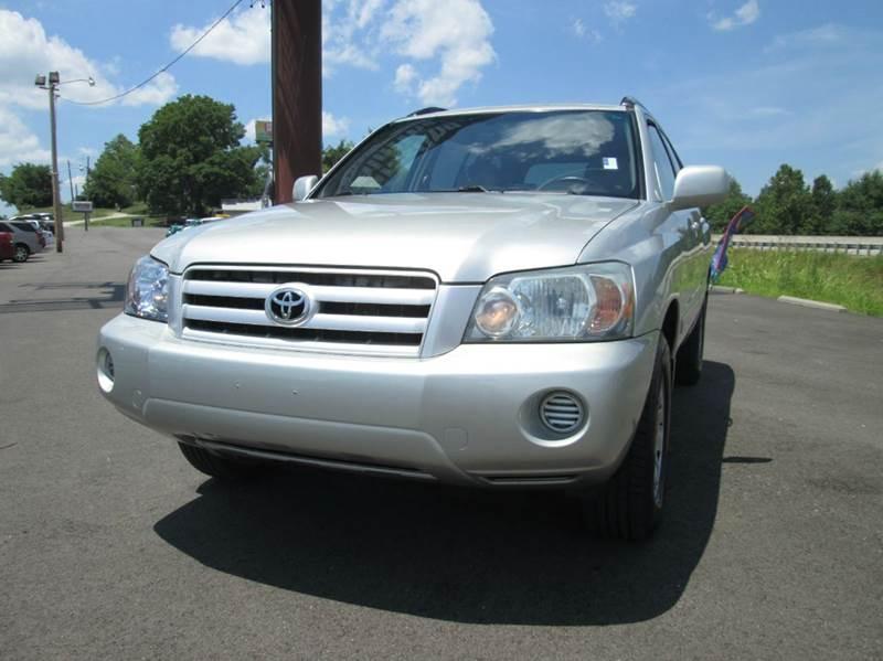 2004 Toyota Highlander Base AWD 4dr SUV V6 w/3rd Row - Pacific MO