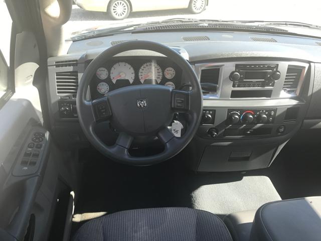 2008 Dodge Ram Pickup 1500 SLT 4dr Quad Cab 4WD SB - Linn MO