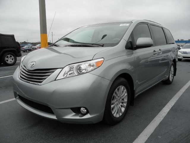 Used 2011 Toyota Sienna Xle 7 Passenger Auto Access Seat In Ocoee Fl At Courtesy Ford