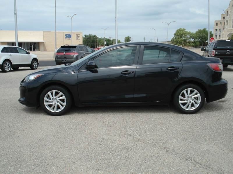 2012 Mazda MAZDA3 i Touring 4dr Sedan 6A - Hutchinson KS