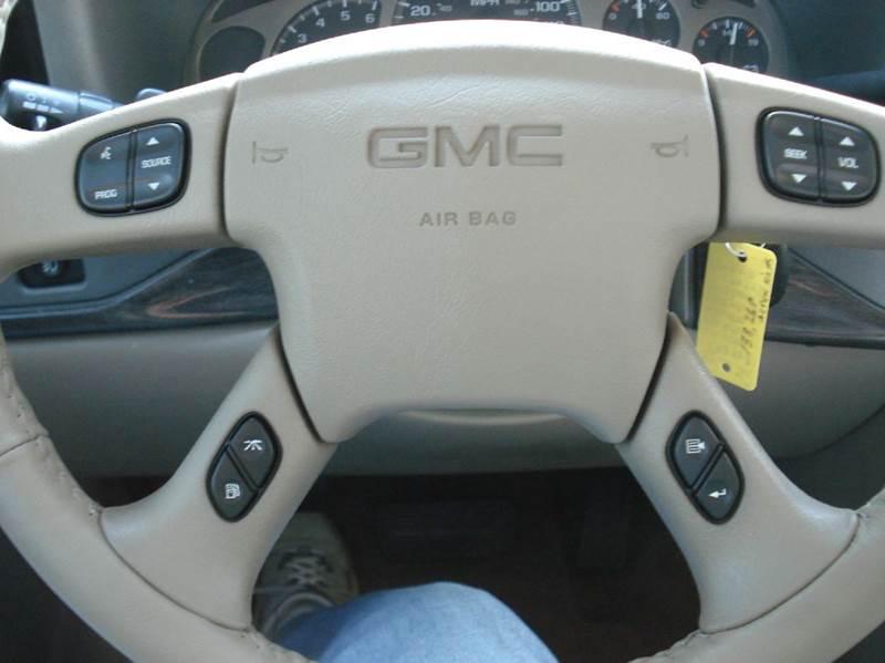 2006 GMC Sierra 1500 AWD Denali 4dr Crew Cab 5.8 ft. SB - Hutchinson KS