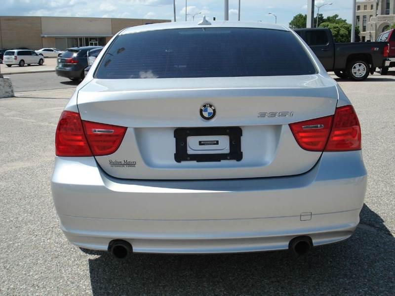 2011 BMW 3 Series 335i 4dr Sedan - Hutchinson KS