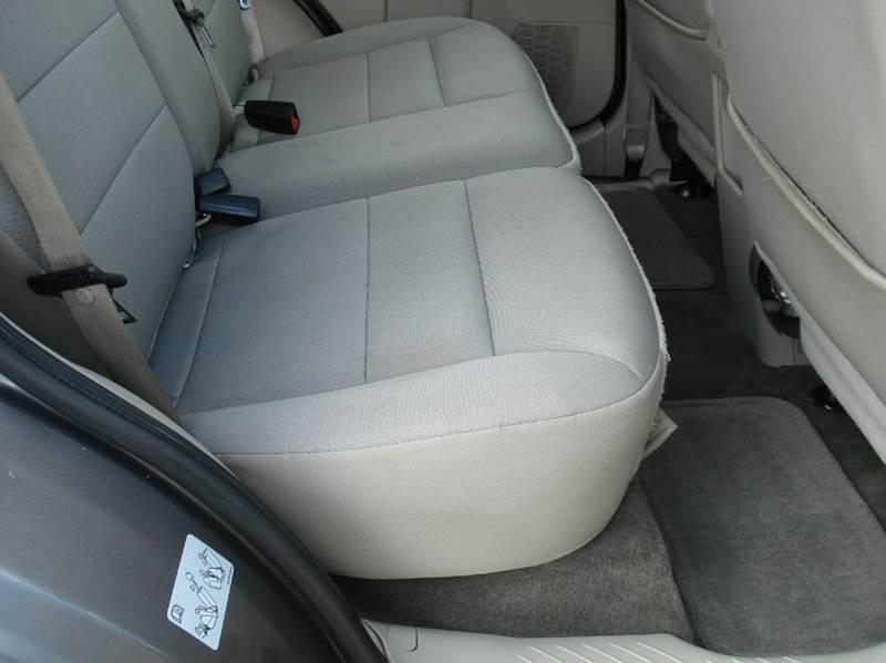 2012 Ford Escape XLT 4dr SUV - Hutchinson KS