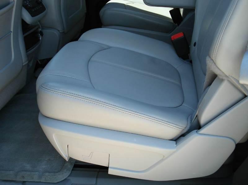 2008 GMC Acadia SLT-2 4dr SUV - Hutchinson KS